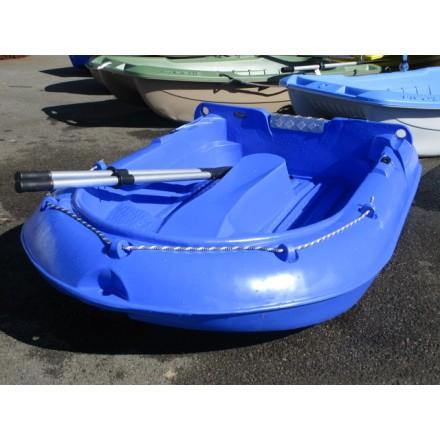 bateau plastique rigide